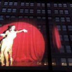 بالفيديو: إيمي سلطان تزين ميدان يونيون سكوير في نيويورك