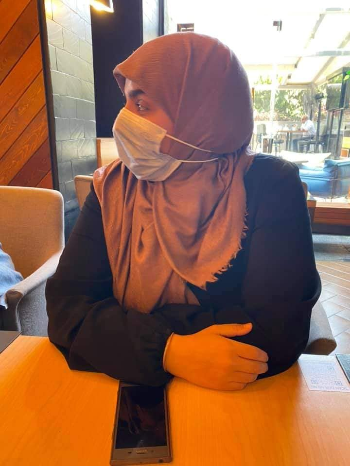 A Cafe Kicks Out Group of Women Because One Was Wearing Modest Clothes. The Cafe Owner is the Now Suing