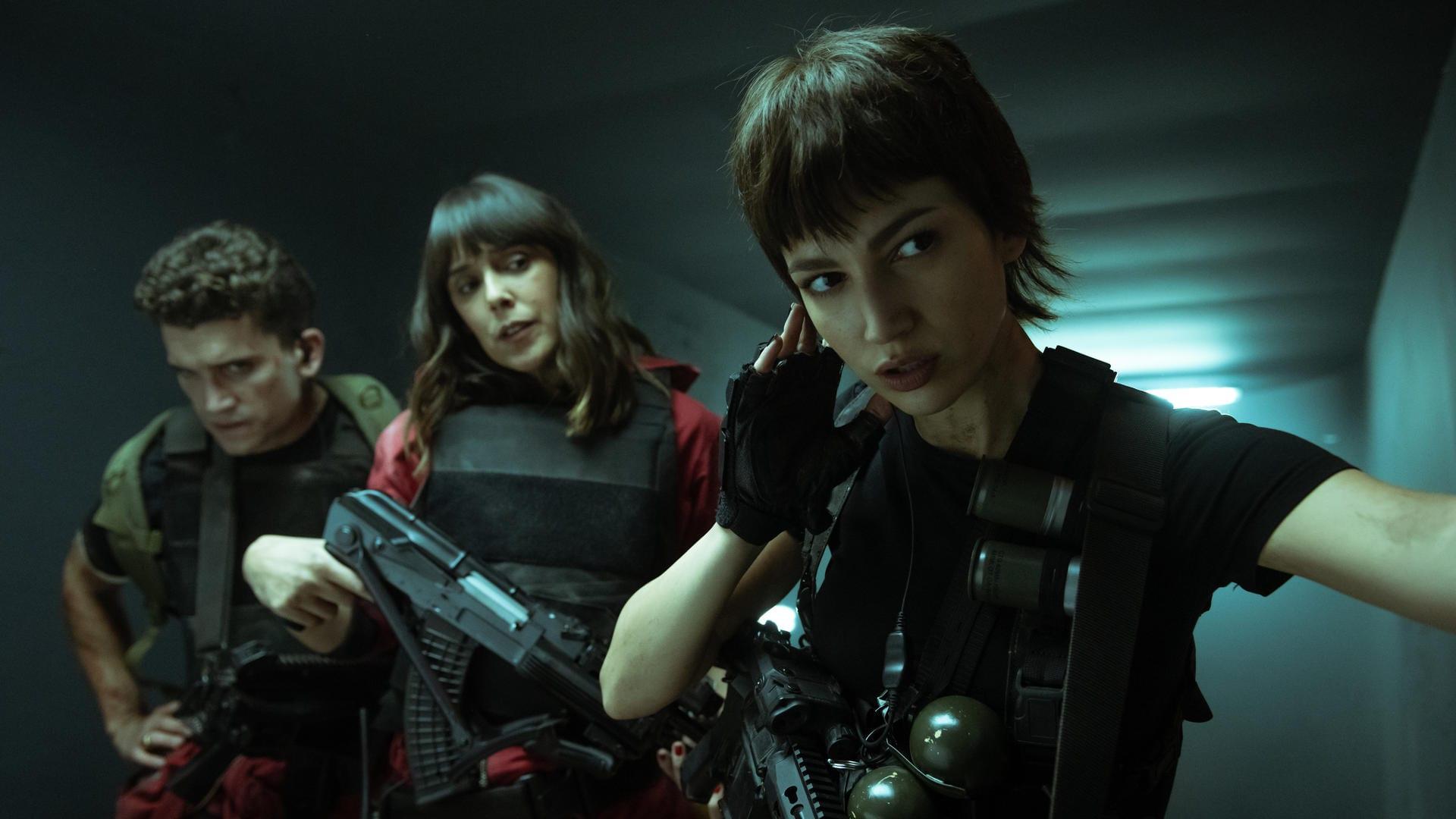 LA CASA DE PAPEL (Money Heist): First Look at Season 5